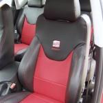 Seat piros-fekete